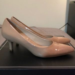 Nude patent leather pointed toe heels